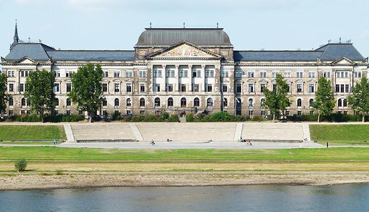 ArgillaTherm, Referenz, Finanzministerium Dresden, Natur-Klimadecke, Kühlen, Kühldecke, Flächenkühlung
